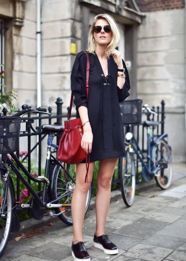 iro-paris-lace-up-front-tunic-dress-enes-antwerpen-fashionata-sofie-valkiers-4-outfit